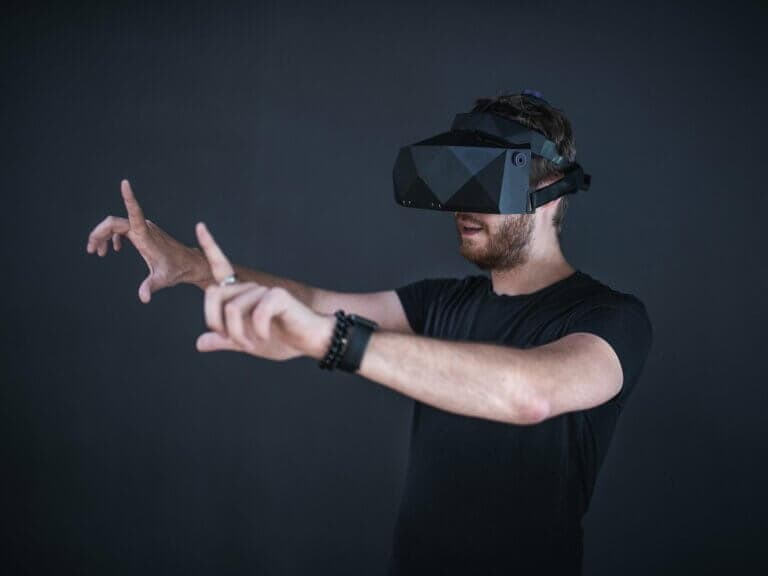 Okuliare pre virtuálnu realitu XTAL